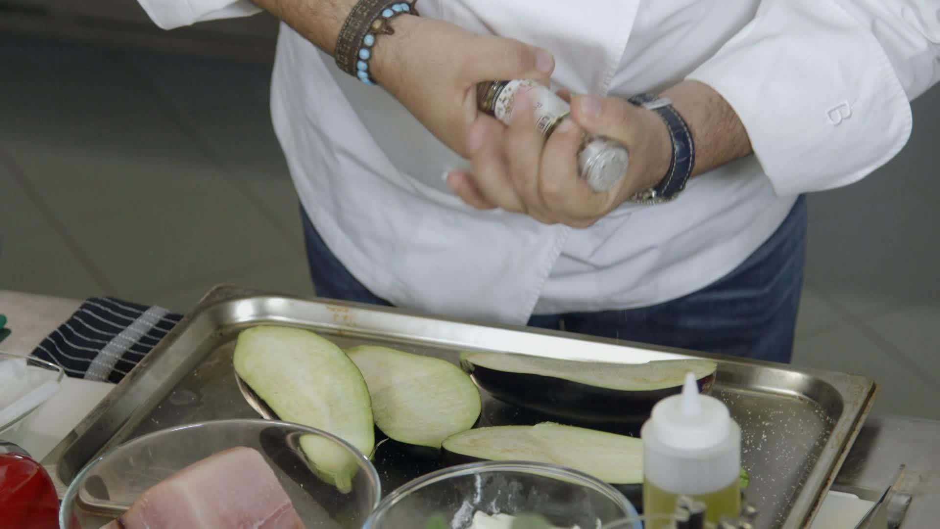 Cucine da incubo italia le ricette di chef cannavacciuolo spaghetti con pesce spada e - Cucine da incubo catania ...