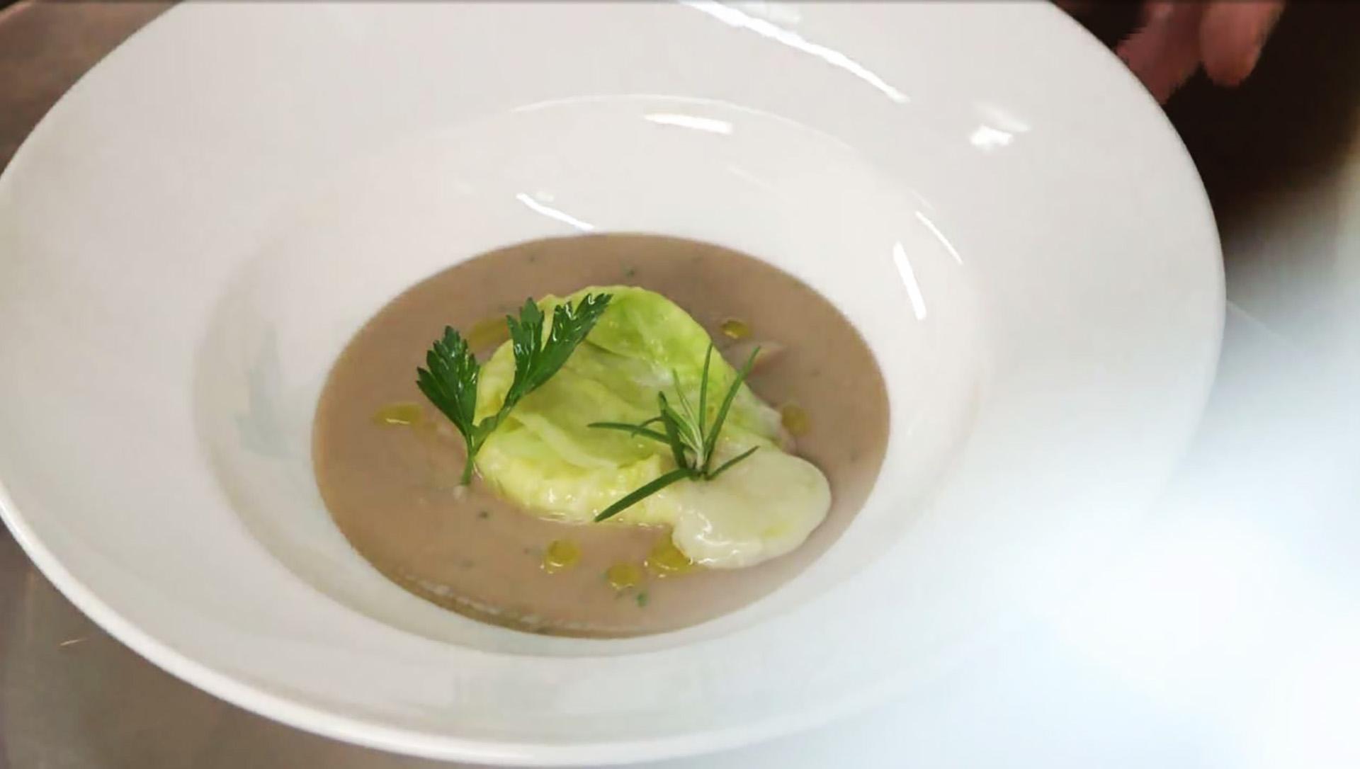Cucine da incubo italia le ricette di chef cannavacciuolo fagottini di gorgonzola con crema di - Ricette cucine da incubo ...