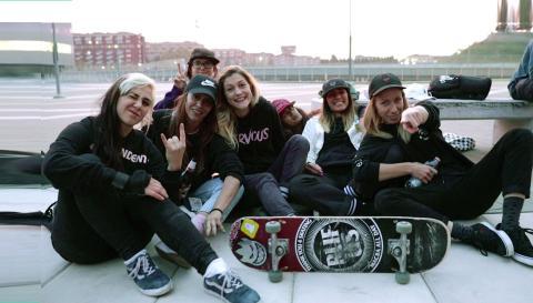 Sullo skate con le Bastarde Senza Gloria